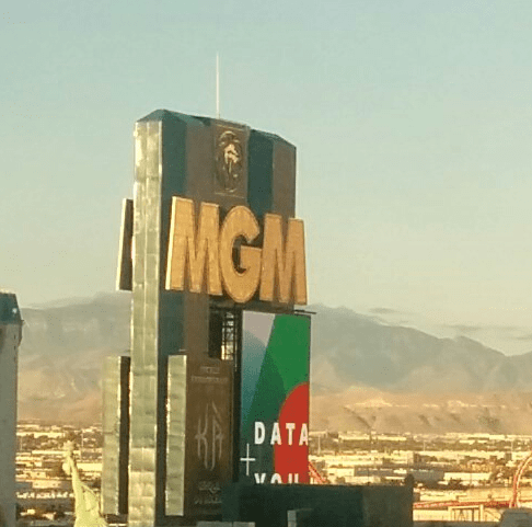 mgm-sign-tableau